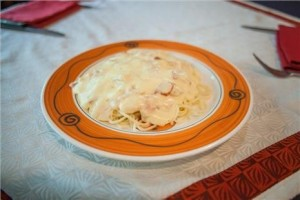 Mỳ ý sốt kem nấm